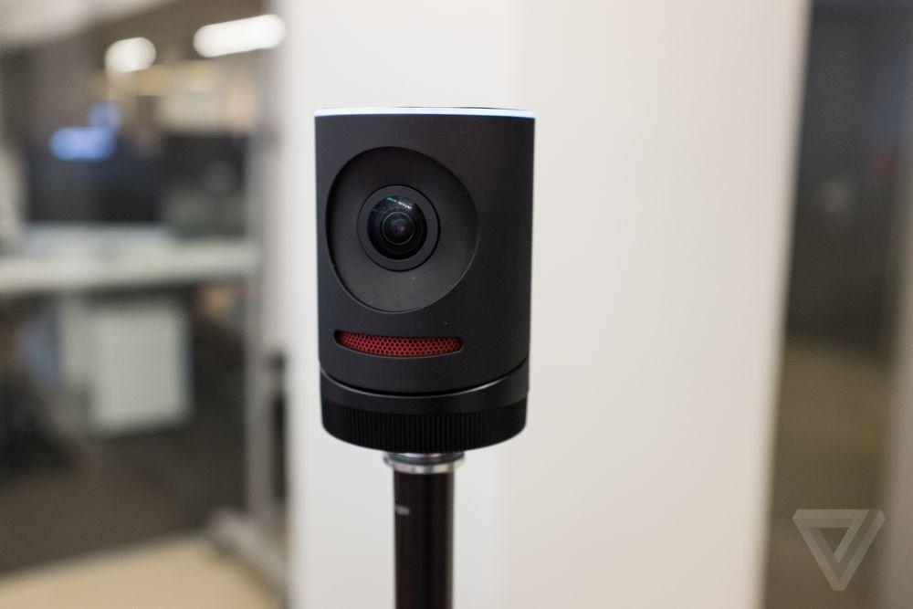 دوربینی برای استریم ویرایش و انتشار زنده فیلم + تصویر