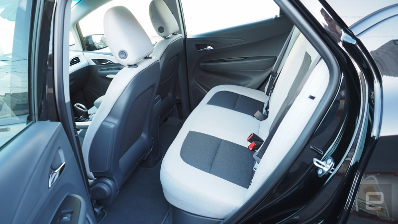 سرانجام شورلت قیمت خودروی الکتریکی بولت را اعلام کرد + گالری عکس
