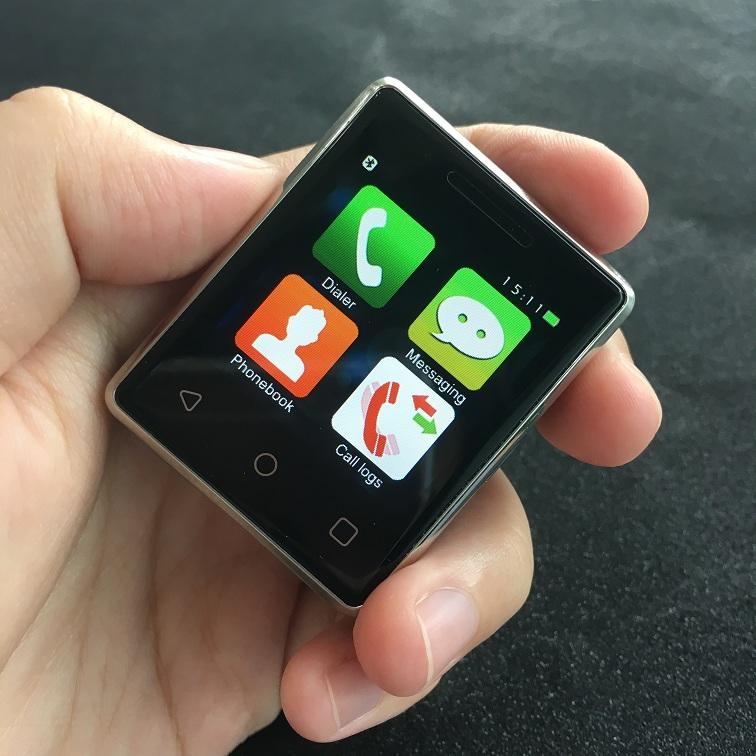 کوچکترین گوشی تاچ اسکرین دنیا رونمایی شد + گالری عکس