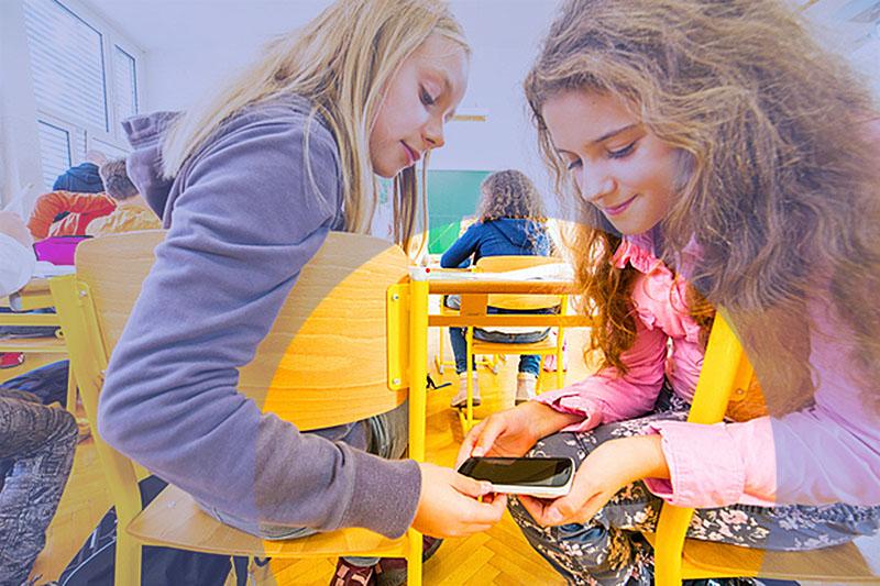مزيتها و چالشهای استفاده از شبکههای اجتماعی در محيطهای آموزشی