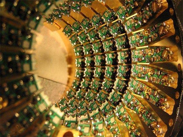 آیبیام به محاسبات کوانتومی واقعی نزدیکتر میشود