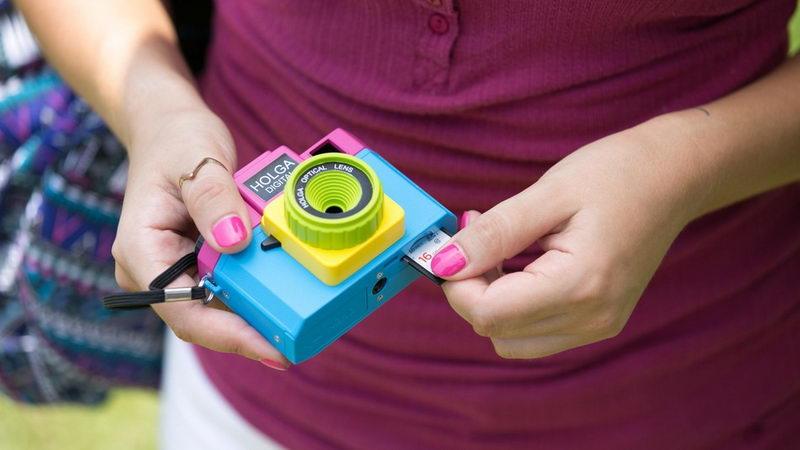 عکاسی اینستاگرامی با دوربین اسباب بازی