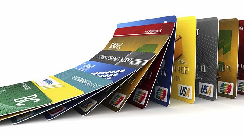 چرا کارتهای اعتباری، پيوسته و انبوه هک میشوند؟