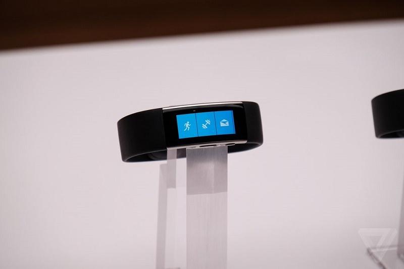 گالری عکس: دستبند جدید مایکروسافت؛ زیباتر با قابلیتهای بیشتر