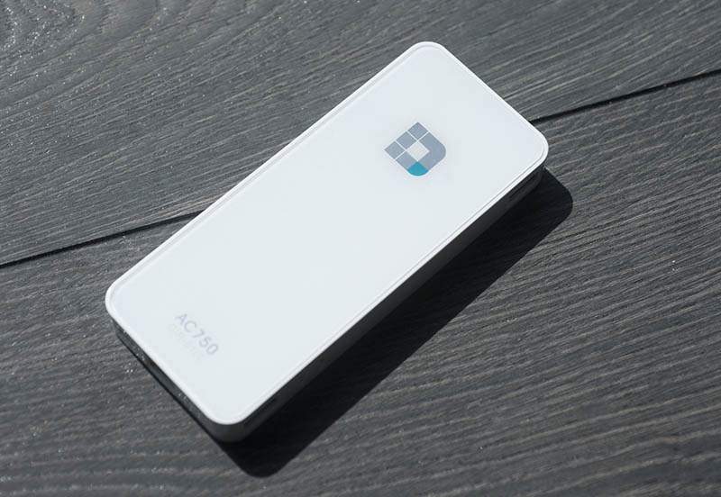 D-Link WiFi AC750 Portable؛ بهترین روتر پر سرعت قابل حمل دنیا در سال 2015