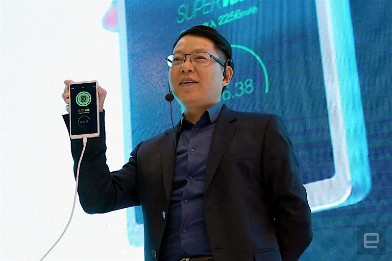 فناوری جدیدی که اسمارتفونها را 15 دقیقهای شارژ میکند