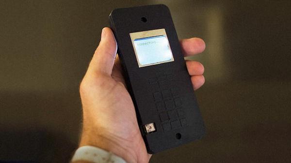 ساخت تلفن همراه با میکسر؛ ایدهای که شاید همهگیر شود!