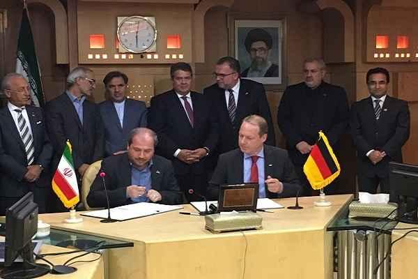 زیمنس در توسعه شبکه راهآهن ایران همکاری میکند