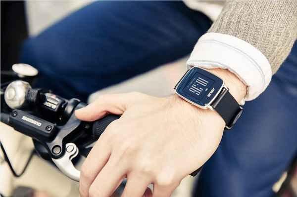 ایسوس ساعت هوشمند تندرستی VivoWatch را معرفی کرد