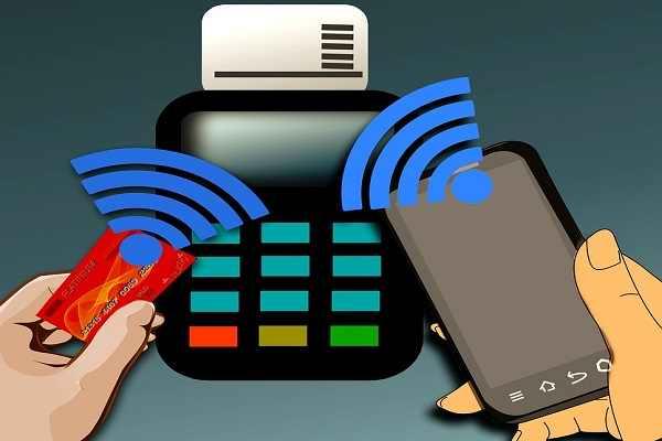 همراه اول در الکامپ خدمات NFC عرضه میکند