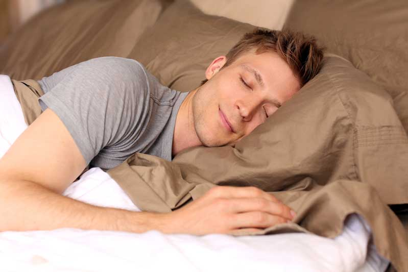 ۱۱ توصیه علمی برای خواب بهتر و راحتتر