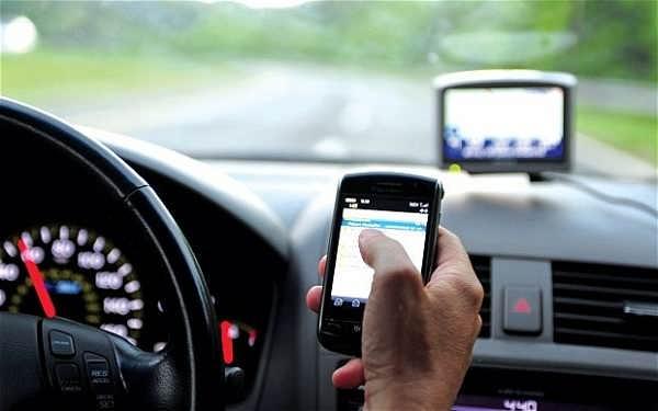 جریمه استفاده از موبایل هنگام رانندگی 100 هزار تومان اعلام شد