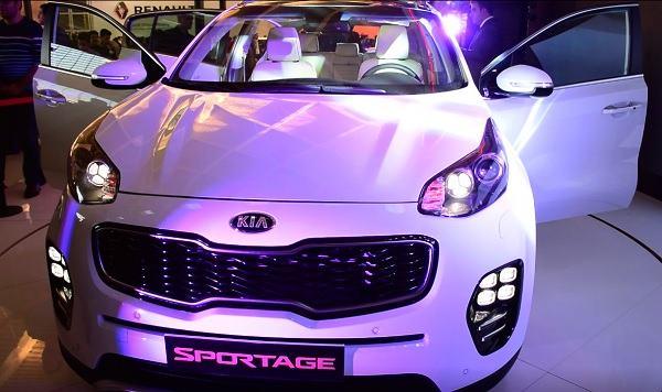 تماشا کنید: خودنمایی کیا اسپورتیج 2017 در نمایشگاه خودروی تهران