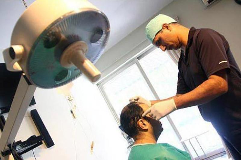 ایرانیها دستگاه هوشمند و تمام دیجیتالی کاشت مو را هم ساختند