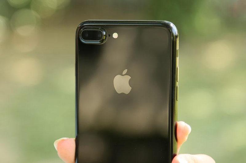 آیفونهای بعدی اپل با روترهای بیسیم شارژ میشوند
