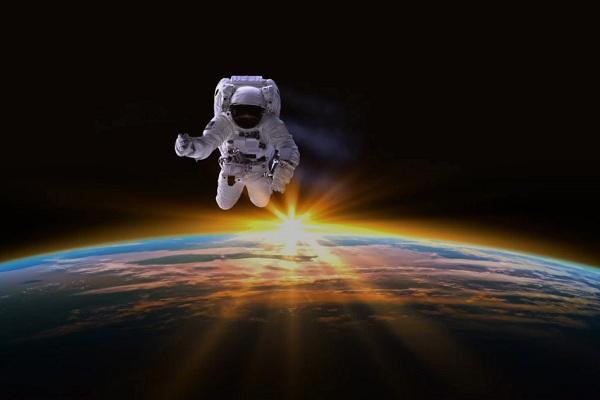 در آینده برای مسافران فضایی وایفای سرو میشود