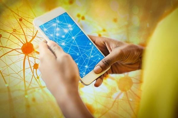 نقش شبکههای عصبی کممصرف در بهبود عملکرد هوش مصنوعی