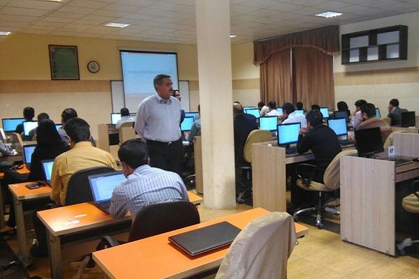 آزمون الکترونیکی مشاوران فناوری اطلاعات با موفقیت برگزار شد