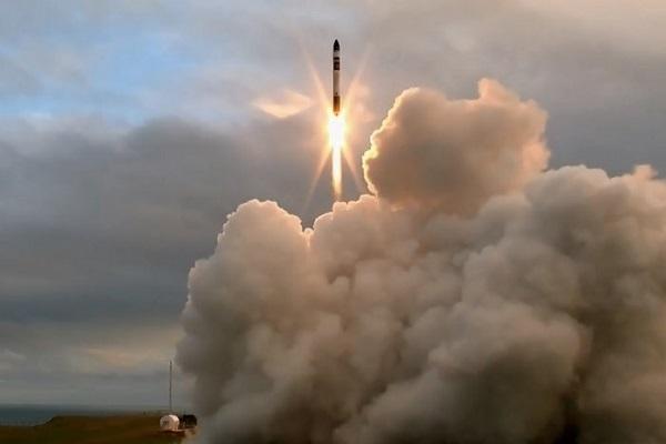 مالک آمازون قدرتمندترین موتور موشک را تست کرد