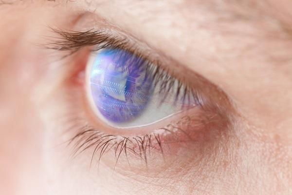 چشم مصنوعی بیسیم مخصوص بیماران چشمی