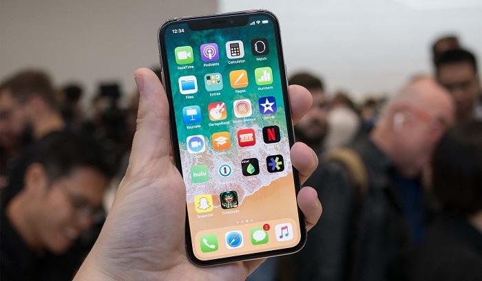 نقد آیفون 10 اپل: چالشی برای گرانترین گوشی اپل + عکس