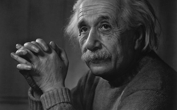 یادداشتهای بسیار معروف اینشتین هم اکنون به صورت آنلاین در دسترس شما
