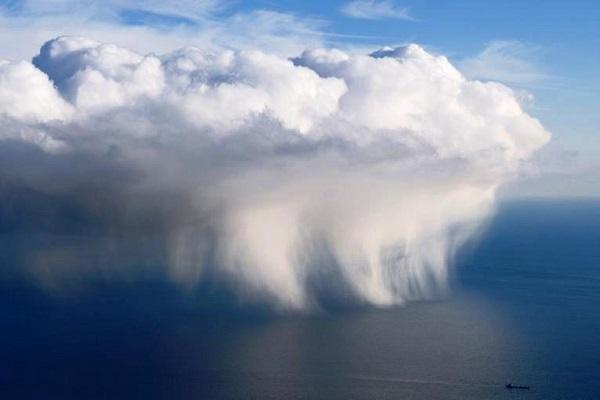 ابرها دگرگون میشوند، دگرگون میکنند و دنیای فناوری را سیراب میکنند