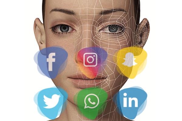 استخراج خودکار اطلاعات شخصی کاربران