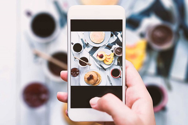 ارسال عکسهای تکراری: راهی برای جلب مخاطب