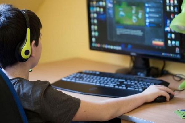 با استفاده از این گیمها برنامهنویسی را به کودکان خود آموزش دهید