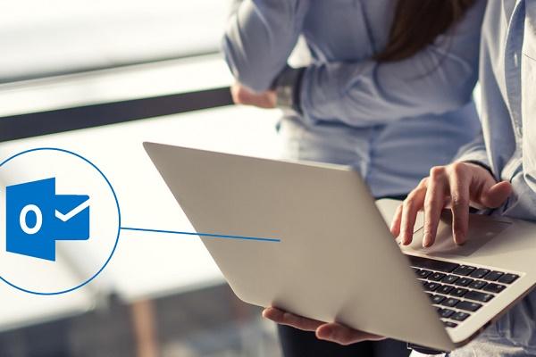 چگونه در Outlook از لیست مخاطبان خروجی بگیریم؟