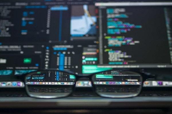 آیا شغل برنامهنویسی حرفهای مناسب شما است؟