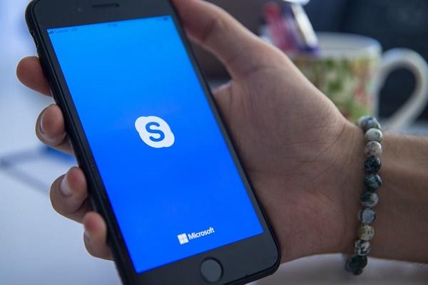 چگونه در اسکایپ مخاطبان را پاک کنید؟