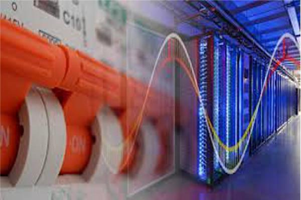 برق مرکز داده: چگونه جریانهای مستقیم و متناوب در مراکز داده استفاده میشوند؟