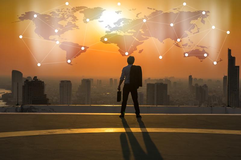 مدیر آینده  چه کسی است: متخصص یا همهچیزدان؟