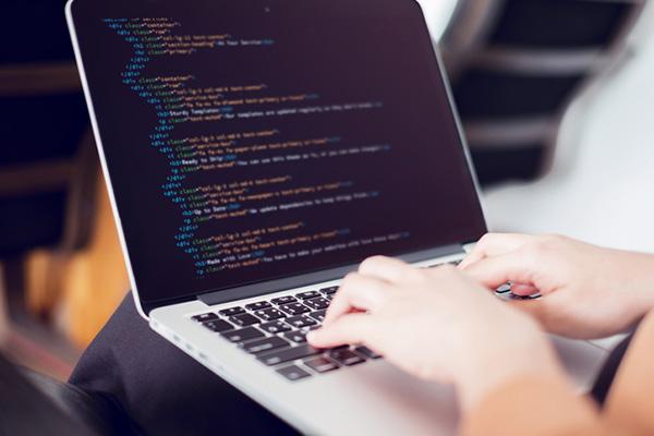 راهنمای خرید لپ تاپ برای برنامه نویسی
