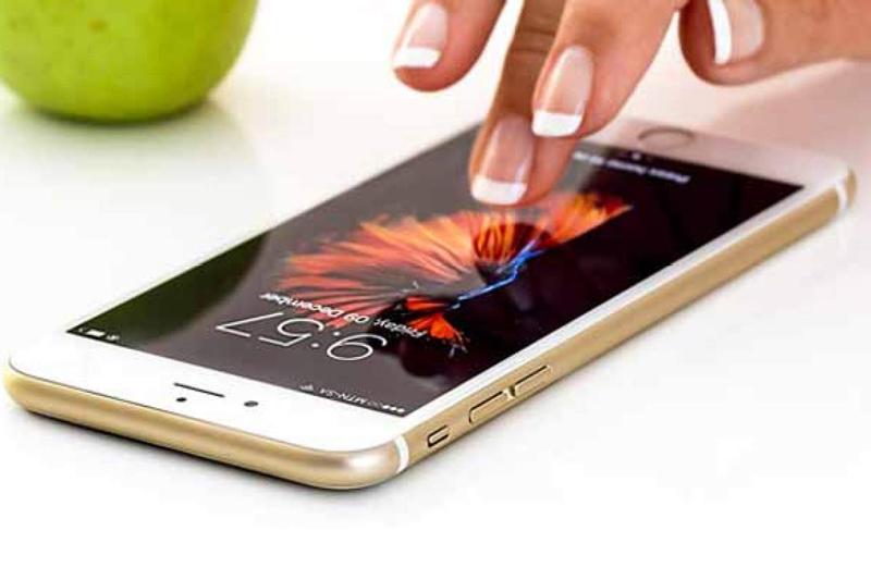 استفاده از نمایشگر لمسی تلفن همراه به عنوان حسگر