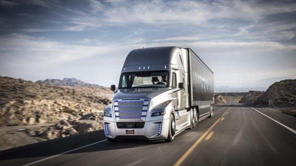 اولین کامیون خودران دل به جاده زد