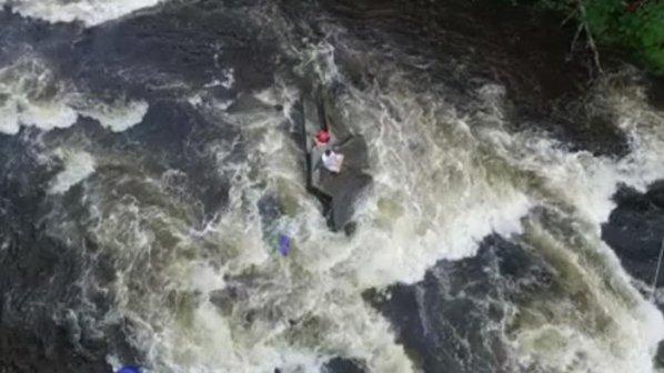 روباتهای پرنده دو نوجوان را از غرق شدن نجات دادند
