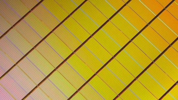 تراشه ذخیرهسازی جدید اینتل هزار برابر سریعتر از حافظه فلش است