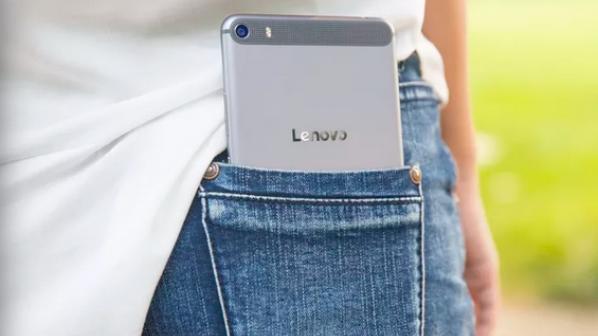 گوشیهای هوشمند جدید لنوو غیر عادی به نظر میرسند