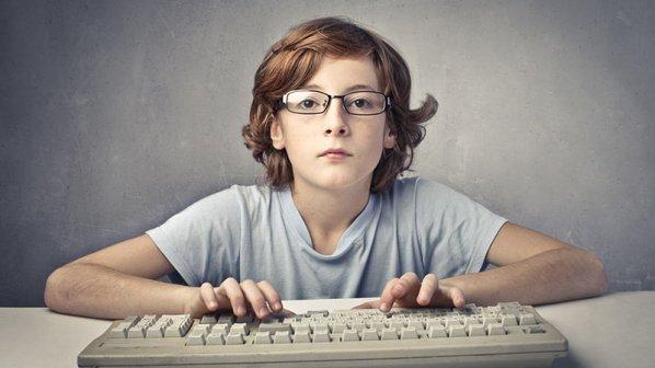 ۷ ابزار برنامهنویسی ویژه کودکان