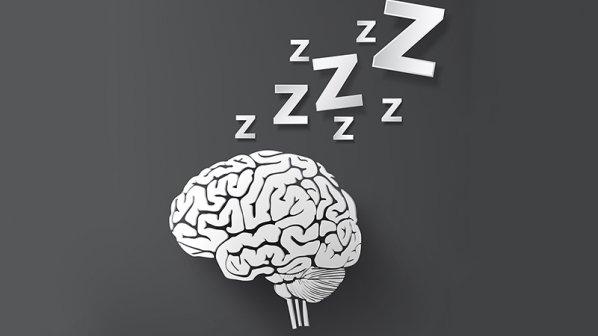 ۱۱ کاری که افراد موفق قبل از خواب انجام میدهند