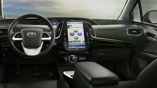 تویوتا با کمک مایکروسافت و کلاود خودروهای هوشمندتری میسازد