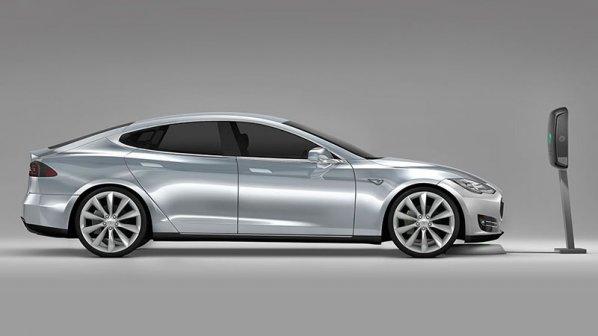 عرضه شارژر بیسیم برای خودرانهای تسلا Model S
