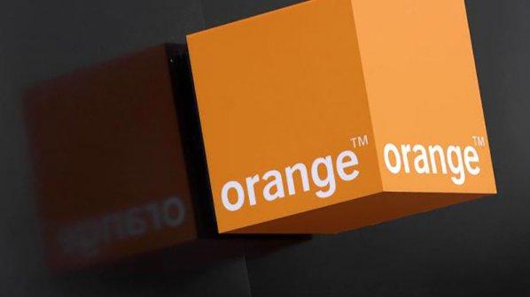 اپراتور بینالمللی «اورنج» به دنبال خرید سهام «همراه اول» است!