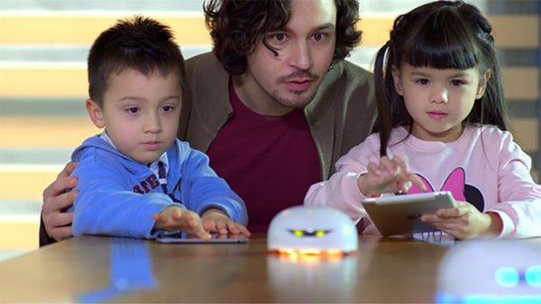 ۶ دلیل محکم برای آموزش برنامهنویسی کودکان