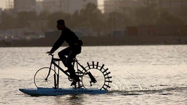 مخترع ایرانی موفق به طراحی و ساخت دوچرخه دریایی شد!