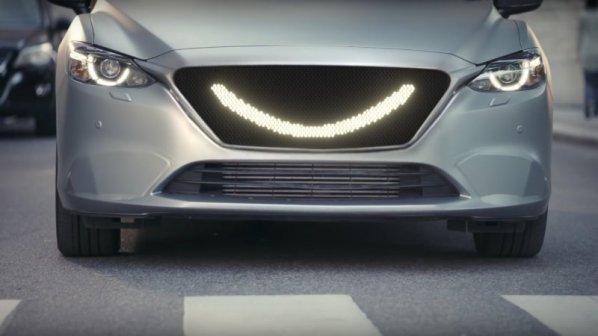 خودروهای خودران به عابران پیاده لبخند میزنند