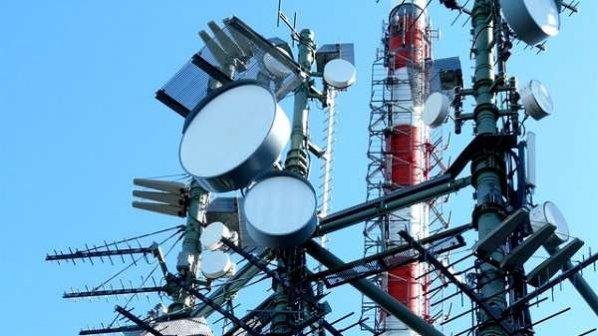 تخلیه باندهای 700 و 800 مگاهرتز برای ارائه خدمات ارتباطی به روستاها